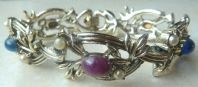 Vintage Jewelcraft Pearl And Mock Gemstone Panel Bracelet.